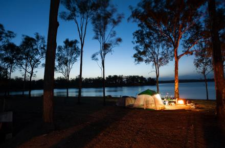 Camping at Wivenhoe Dam